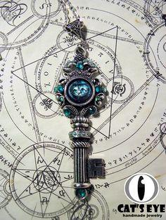Fantasy Alice in wonderland-key Antique silver by CatsEyeHandmade