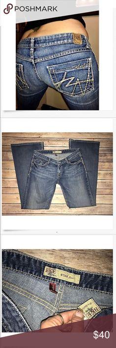 BKE Low Rise STAR Flare Leg Jeans! 31 x 32.5 Great BKE Low Rise STAR Flare Leg Jeans! 31 x 32.5 Great Used! Factory Distressed! 16.5 across & 7.5 Rise BKE Jeans Flare & Wide Leg