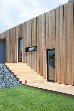 Timber rainscreen Landscape Architecture Design, Architect Design, Garden Landscaping, Front Yard Landscaping, Landscape Designs, Landscape Design