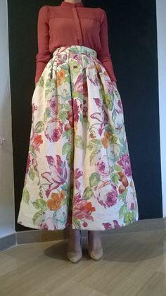 Maxi skirt. Factory chic.