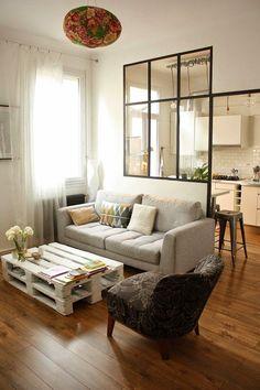 Elegant tisch aus europaletten wohnzimmer gestalten wohnzimmer ideen wohnzimmer einrichten paletten tisch europalette m bel Do it yourself Pinterest