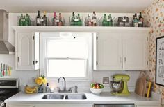 7 Easy And Cheap Cool Tips: Small Farmhouse Kitchen Decor kitchen decor above cabinets display.Kitchen Decor Above Cabinets Display. Kitchen Decor, Apartment Kitchen, Kitchen Space, Small Kitchen, Above Cabinets, Small Kitchen Storage, Small Spaces, Kitchen Design, Kitchen Storage