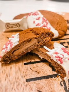 Kolmen raaka-aineen Omar-piparkakut! - Frutti Di Mutsi Cookies, Baking, Food, Crack Crackers, Biscuits, Bakken, Essen, Meals, Cookie Recipes