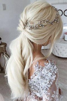 Ulyana Aster Long Wedding Hairstyles / www.deerpearlflow... #weddinghairstyles
