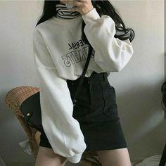 Korean Girl Fashion, Korean Fashion Trends, Ulzzang Fashion, Korean Street Fashion, Korea Fashion, Asian Fashion, Edgy Outfits, Teen Fashion Outfits, Cute Casual Outfits