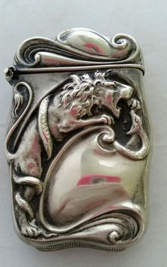 Antique Bristol Mfg. Silveroin Lion Battling Snake Silver VESTA CASE MATCH SAFE #BRISTOLMFGCO