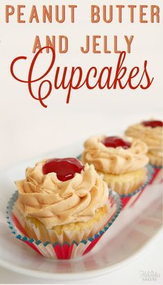 Peanut Butter and Jelly Cupcakes Recipe - made these many times and they& always a hit. This frosting recipe is amazing! Brownie Desserts, Oreo Dessert, Mini Desserts, Easy Desserts, Delicious Desserts, Yummy Food, Frosting Recipes, Cupcake Recipes, Baking Recipes