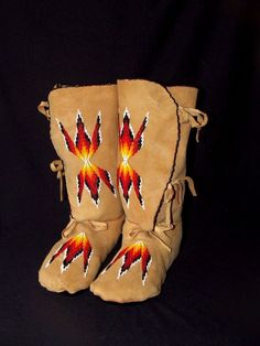 Moccasin Native American CHIPPEWA CREE beaded leather moccasins-custom order