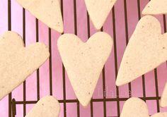 LilaLoa: Strawberry Lemonade Roll Out Cookies (Recipe)