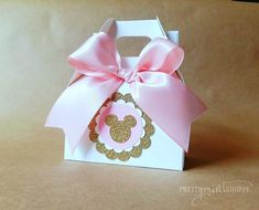 Gold minnie mouse inspired goodie boxes minnie mouse party gold and pink minnie mouse baby shower gold and pink minnie mouse (set of Minnie Mouse Favors, Minnie Mouse Theme Party, Minnie Mouse Birthday Decorations, Minnie Mouse First Birthday, Minnie Mouse Baby Shower, Minnie Mouse Pink, Mickey Mouse Birthday, Mini Mouse Party Favors, Minis