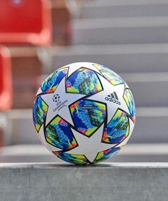 The journey to Istanbul begins. Introducing the new official match ball for the season. Juventus Football Club, Neymar Football, Adidas Football, Football Shoes, Iphone Wallpaper Sports, Sports Wallpapers, Football Wallpaper, Basketball Plays, Soccer Fans