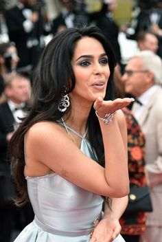 With curtains falling on Cannes film festival we bring you a one-stop round-up of Bollywood s presence at the gala from Aishwarya s purple lips to Sonam s stunning gowns, here are the highlights Bollywood Actress Hot, Bollywood Fashion, Purple Lips, Bfg, Festival 2016, Beautiful Indian Actress, Cannes Film Festival, Latest Pics, Indian Actresses