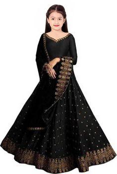 Ghagra Choli, Lehnga Choli For Girls, Kids Lehenga Choli, Girl Fashion, Plus Fashion, Design Girl, Festival Wear, How To Look Pretty, Types Of Sleeves