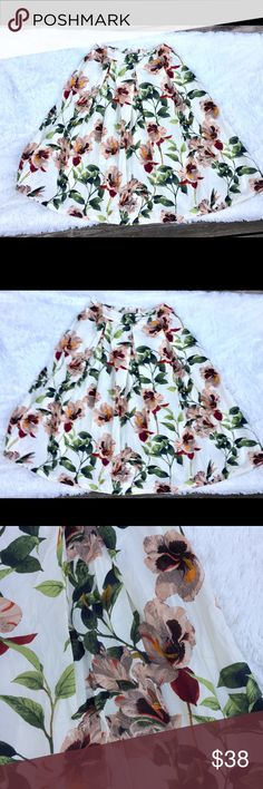 NWT Philosophy by Republic Clothing Floral Skirt Full floral skirt by Philosophy. Great for a garden party! Elastic waist. Pull on style. Unlined. Small mark on inside label. Waist 15 inches (laid flat). Length 31 inches. Philosophy Skirts