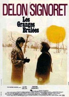"""""""Les granges brûlées"""" de Jean Chapot avec Alain Delon et Simone Signoret. Beau Film, Films Cinema, Cinema Theatre, French Movies, Classic Movies, Love Movie, I Movie, Great Films, Musica"""
