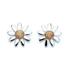 Vintage Daisy 15mm Earrings Silver Earrings, Silver Jewelry, Vintage Jewelry, Stud Earrings, Daisy Jewellery, Vintage Earrings, Vintage Silver, Flower Jewelry, Jewellery Box