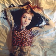 Grace Neutral is so perfect it hurts. Tattoo Girls, Girl Tattoos, Tatoos, Great Tattoos, Sexy Tattoos, Body Art Tattoos, Grace Neutral, Hannah Pixie Snowdon, Piercings