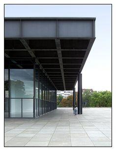 08.09.03.15.24 - Berlin, Neue Nationalgalerie, Ludwig Mies van der Rohe