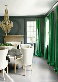 Nada's Sketch Book: Emerald Green, Color of the Year 2013