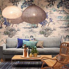 Vi kickar igång fredagen med lite inspiration från våra möbelmiljöer. Soffan Leo är tillverkad exklusivt för oss på R.O.O.M. 227x96x79cm, pris i detta utförande 25.515kr #roombutiken #täbycentrum #barapåroom