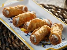 I do love me some cannoli! Homemade Cannoli recipe from Valerie's Home Cooking via Food Network Köstliche Desserts, Delicious Desserts, Dessert Recipes, Sweet Desserts, Chocolate Desserts, Salad Recipes, Yummy Food, Food Network Recipes, Food Processor Recipes