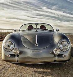Porsche 356 Speedster, how can you not love this car? Porsche Classic, Bmw Classic Cars, Vw Vintage, Vintage Porsche, Porsche 356 Speedster, Porsche 935, Porsche Carrera, Porsche Cars, Sweet Cars