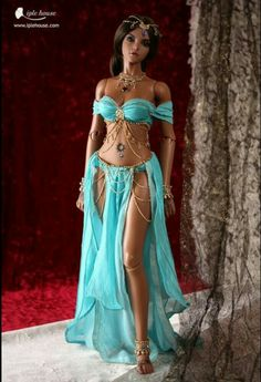 It's a Barbie doll, but that's still a great costume(idea). Pretty Dolls, Beautiful Dolls, Belly Dance Costumes, Belly Dancers, Barbie World, Barbie Friends, Ball Jointed Dolls, Doll Face, Fashion Dolls