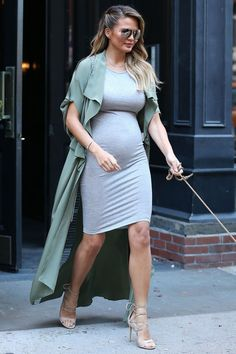 Bump Style Maternity fashion Style the bump Expect in Style Stylish Maternity, Maternity Wear, Maternity Dresses, Maternity Fashion, Maternity Style, Pregnancy Fashion, Celebrity Maternity, Estilo Baby Bump, Pregnancy Looks