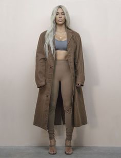 CR Exclusive: Unseen Images of Kim Kardashian by Jackie Nickerson from Yeezy Season 6 Kim Kardashian Yeezy, Kim Kardashian Images, Looks Kim Kardashian, Kardashian Style, Kardashian Jenner, Kylie Jenner, Style Kim K, Yeezy Season 6, Yeezy Fashion