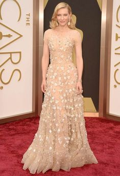 Cate Blanchett in Armani Prive at the 2014 Academy Awards | Getty Images | blog.theknot.com