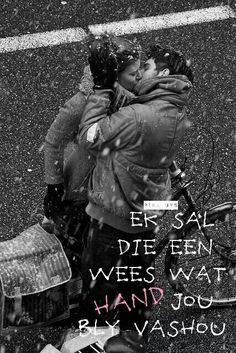 showcase some of the very beautiful black and white Inspiring Romantic Couple Kiss Photos can bring some love back into your lifes on this valentine day