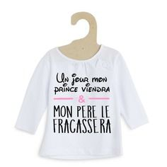 Un jour mon prince viendra… t-shirt fille - T-Shirts & Sweaters 2019 Papa Shirts, Tee Shirts, Tees, Mode Harry Potter, Sewing Online, Hoodie Outfit, Cute Baby Clothes, Sweater Shirt, Couture