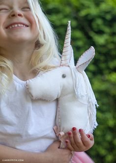 Make this adorable unicorn horse for your little princess. Made from felt and a wooden dowel, this project is easy to make.