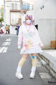 Harajuku decora girl with pastel hair and fashion, wearing sweatshirt with tutu, My Little Pony backpack, kawaii accessories & white mary-janes. Japanese Street Fashion, Tokyo Fashion, Harajuku Fashion, Kawaii Fashion, Cute Fashion, Korean Fashion, Girl Fashion, Harajuku Style, Fashion Styles