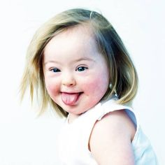 The Upside of Down Syndrome. (Photo in book 'De Upside van Down' of Eva Snoijink. Down Syndrome Baby, Down Syndrome People, Down Syndrome Children, Kids With Down Syndrome, Precious Children, Beautiful Children, Beautiful Babies, Kids Around The World, People Of The World