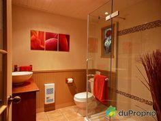 Salle de bain sous-sol de rêve à voir à St-Germain-De-Grantham #DuProprio