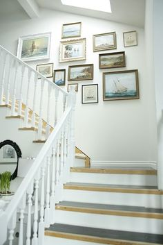 Stairway Frames with a variety of frames