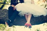 Wonderful wedding photograpy in a tree ❤ Romantic Couples, Photos, Tulle, Ballet Skirt, Princess, Skirts, Photography, Weddings, Engagement