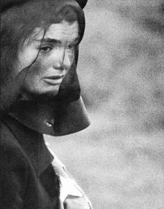 Jackie in mourning   Elliot Erwitt from Magnum   Time-Life -This Fabulous Century: 1960-1970