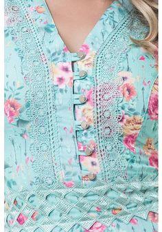 Salwar Neck Designs, Neck Designs For Suits, Kurta Neck Design, Sleeves Designs For Dresses, Neckline Designs, Dress Neck Designs, Stylish Dress Designs, Kurta Designs Women, Dress Designs For Girls