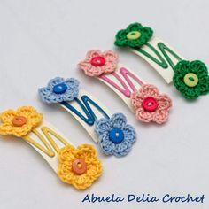 Sapitos para el cabello con Flor en Crochet