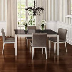 Amisco Robert table with Pablo chairs