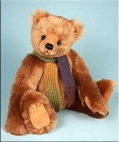 Bearing All    'Buddy' was created by Paula Carter  www.allbear.co.uk #teddy #bear #artist