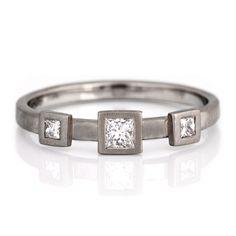 #TriSet #WhiteGold #PrincessCut #Diamonds by James Newman http://www.fldesignerguides.co.uk/engagement-ring-designer/james-newman