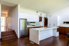 2016 Roseville, NSW 2017 Ku-ring-gai Architecture + Urban Design Awards - Winner This Post War Austere Style dwelling sits within a heritage conservation area in Roseville, and had already undergone a problematic extension in the Whilst presenting a… Granny Flat, Design Awards, Urban Design, Architects, Kitchens, Mid Century, House, Inspiration, Home Decor
