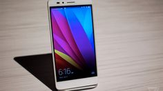 Huawei's Honor 5X smartphone looks pretty good for $199.99