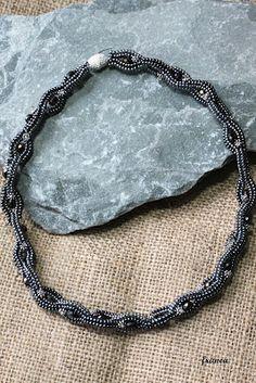Leuchtsignale: chain of jewels