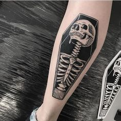 halloween tattoos Badass Leg Tattoos for Men and Women Spooky Tattoos, Skull Tattoos, Black Tattoos, Body Art Tattoos, Sleeve Tattoos, Cool Tattoos, Badass Tattoos, Black Work Tattoo, Tattoo Art