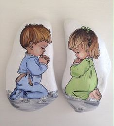 painting on rocks and stones Painted Pavers, Painted Rocks Craft, Hand Painted Rocks, Stone Crafts, Rock Crafts, Pierre Decorative, Decorative Rocks, Art Rupestre, Art Pierre