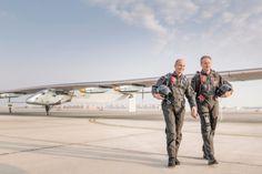 Um avião coberto por 17 mil células solares que alimentam seus 4 motores elétricos de hélice, dará a volta ao mundo em 12 etapas - a mais longa de 5 dias e noites consecutivas -, sem gastar uma gota de combustível. Saiba mais na INFO Online.